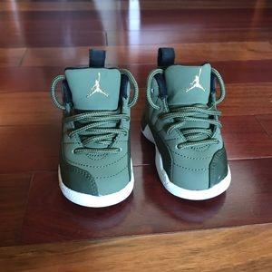 Jordan Retro 12- 4C